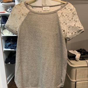 Tops - Grey and Lace Short Sleeve Shirt